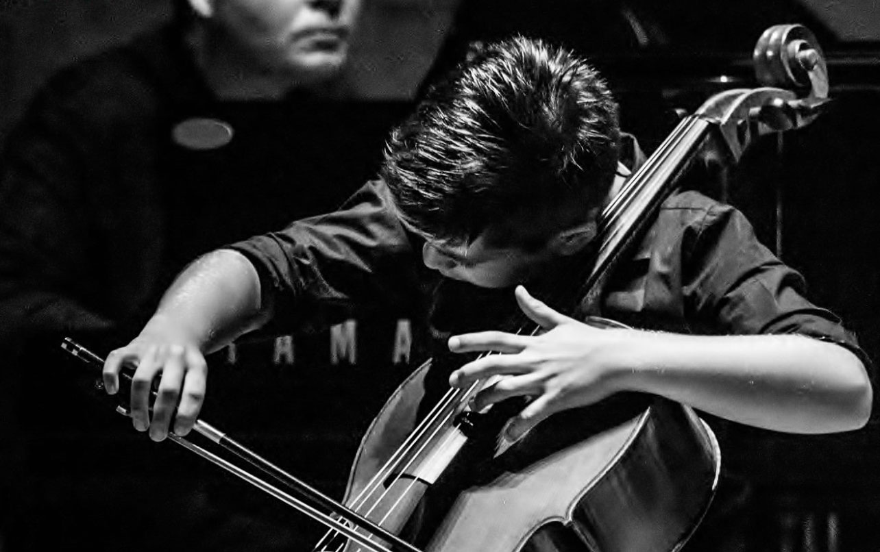 Luis Aracama gana el Segundo premio en el Popper International Cello Competition